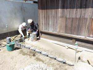 暗渠パイプも併設していますので、以前から悩みだった排水不良も改善されます。